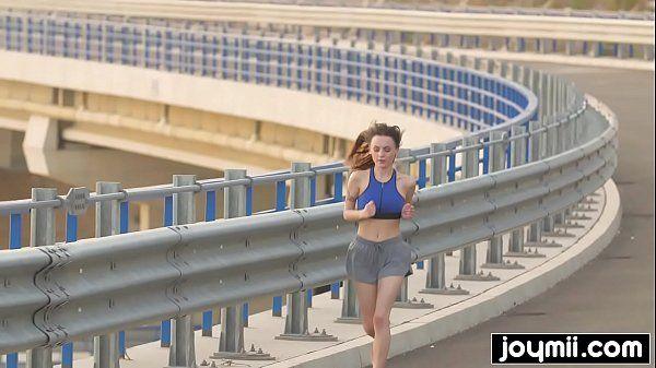 Novinha no x video transando com tesão total