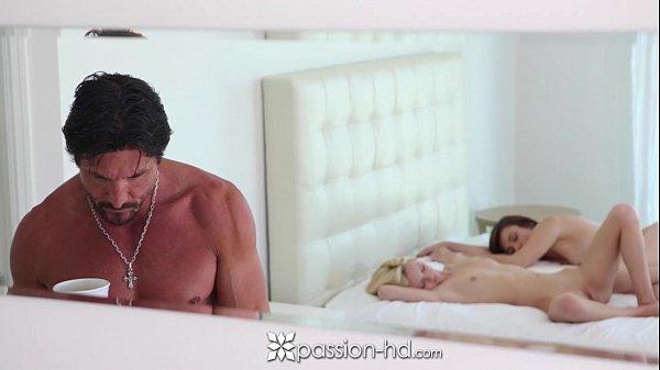 Porno hd grátis amigas peladas dando prazer para o mesmo cara